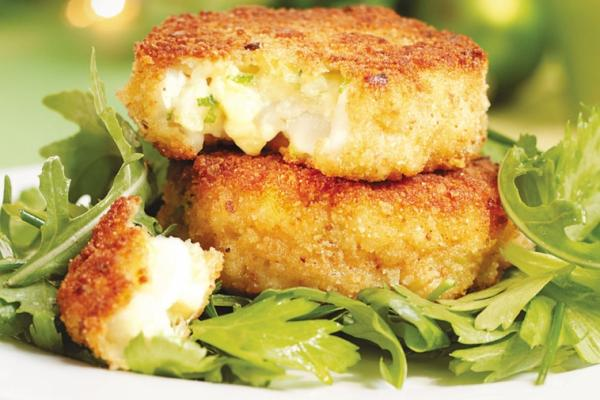 cheddar scallop cakes cooking club size