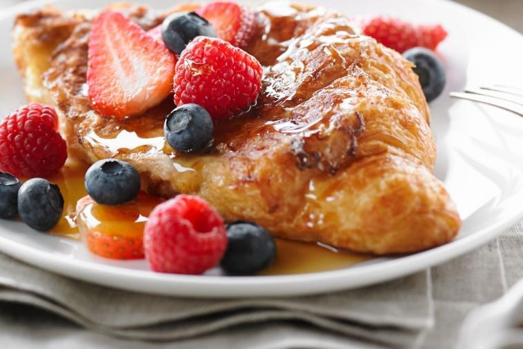 croissant-french-toast-with-fresh-berries